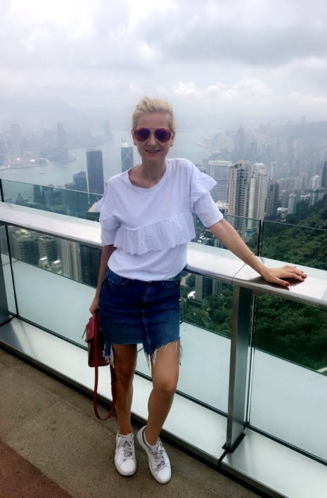 victoria peak, hong kong, hk, outfit, city look, fashion, daily look,
