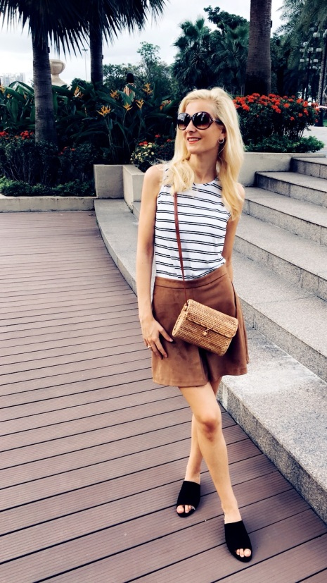 summer fashion, summer look, outfit, straw bag, holidays outfit, sun, body, striped top,